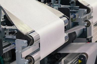 paper-roll-machine-cut-fold